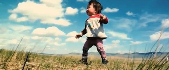 SANSZ Filmklub - Babák: Az első év